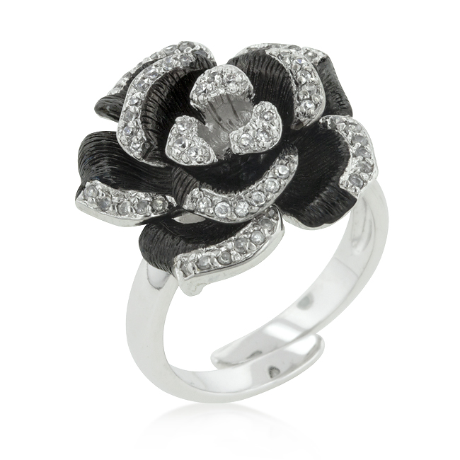 Two-tone Finish Floral Ring with Textured Pedals (Size: 5)